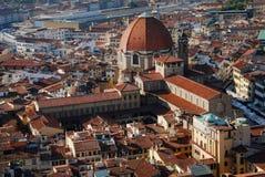 Di San Lorenzo de la basílica en Florencia Foto de archivo libre de regalías