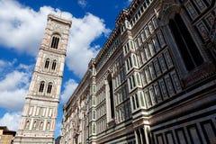 Di Santa Maria del Fiore Florence Firenze Tuscany Italia de la basílica del campanil del Duomo foto de archivo libre de regalías