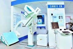 di tecnologia avanzata in attrezzature mediche immagini stock