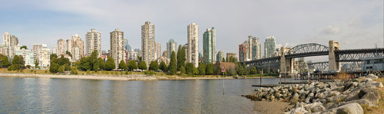 Di Vancouver orizzonte BC e panorama del ponticello di Burrard Fotografia Stock