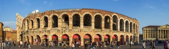 Di Verona Panorama de la arena imagenes de archivo