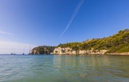 Dia bonito e ensolarado da praia, Macarella, Minorca, Menorca, Baleari Imagens de Stock