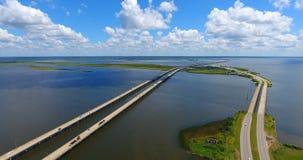 Dia bonito sobre a ponte 10 de um estado a outro na baía móvel Foto de Stock Royalty Free