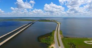 Dia bonito sobre a ponte 10 de um estado a outro na baía móvel Fotografia de Stock