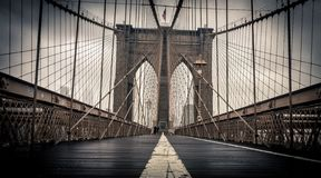 Dia chuvoso na ponte de Brooklyn Foto de Stock Royalty Free