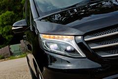 Dia da movimentação do teste de Mercedes-Benz Vito 2017 fotos de stock