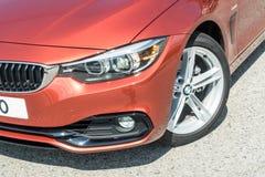 Dia da movimentação do teste do Gran Coupe 2018 de BMW 420i fotos de stock
