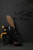 Dia das Bruxas com bastões e abóbora Imagem de Stock Royalty Free