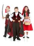 Dia das Bruxas: Grupo de truque ou de Treaters Imagem de Stock Royalty Free
