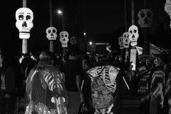 Dia de Лос Muertos на Голливуда кладбище навсегда стоковые изображения rf