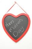Dia de mães feliz escrito em um quadro-negro Fotos de Stock Royalty Free
