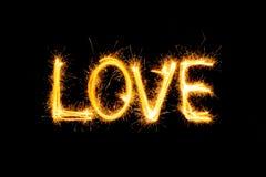 Dia de Valentim - o amor fez um chuveirinho no preto Imagens de Stock