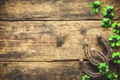 Dia do ` s de St Patrick, encantos afortunados Fotos de Stock Royalty Free