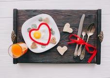 Dia do Valentim Pequeno almoço romântico Foto de Stock