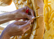 Dia emprestado budista do festival ativo dos carvings da vela Fotografia de Stock
