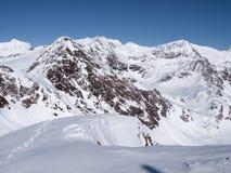 Dia ensolarado bonito e a neve em Suíça italiano ar Fotos de Stock Royalty Free