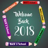 Dia il benvenuto a di nuovo al manifesto sveglio della carta dell'invito dell'insegna della scuola 2018 immagini stock