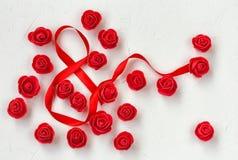 Dia internacional do ` s das mulheres, uma composição com muitas rosas vermelhas Fotos de Stock