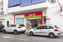 DIA Supermarket in Spain. ESTEPONA, SPAIN - OCT 20, 2016: Maxi Dia supermarket of the spanish chain Distribuidora Internacional de Alimentacion S.A Royalty Free Stock Photos