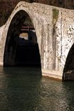 Diabła Ponte lub mostu della Maddalena Lucca, Borgo Mozzano zdjęcia stock