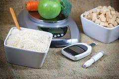 Diabetes, controlediabetes en juiste voeding stock afbeeldingen