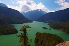 diablo lake royaltyfria bilder