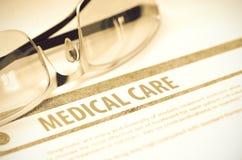 Diagnos - medicinsk vård stetoskop för pengar för begreppsliesmedicin set illustration 3d Royaltyfria Foton