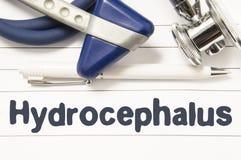 Diagnostic de plan rapproché de Hydrocephalus Guide médical de livre pour le neurologue ou l'oncologiste de docteur avec le texte Photos stock