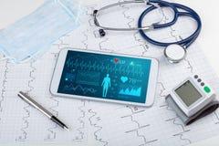 Diagnostic direct avec l'application médicale photos stock