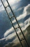 Diagonal cruzada superficie metálica brillante Fotografía de archivo