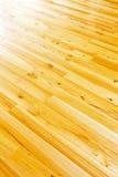 Diagonal del suelo de entarimado Fotos de archivo