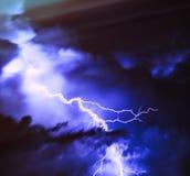 Diagonal dramatic lightning strike Royalty Free Stock Photography