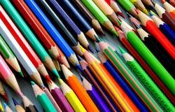 Diagonale rijen van gekleurde potloden Royalty-vrije Stock Afbeelding