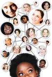 Diagrama de red social de la mujer africana Imagen de archivo