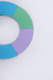 Diagrama dos gráficos de negócio sobre o fundo cinzento da tabela Imagens de Stock