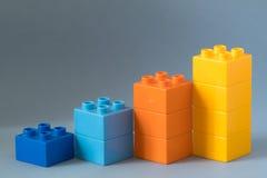 Diagramme de Lego sur le fond bleu Images libres de droits