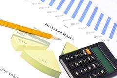 Diagramme und Diagramme von Verkäufen Stockfoto