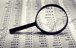 Diagrammi di economia e finanziari Immagini Stock