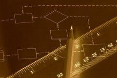 Diagrammplan auf Schwarzem und Zeile Feder Stockfoto
