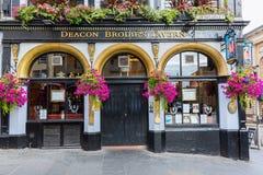 Diakon Brodies-Taverne auf der königlichen Meile in Edinburgh, Schottland lizenzfreies stockbild