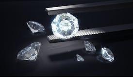 Diamant de luxe dans des brucelles sur le fond noir 3D a rendu l'illustration Images libres de droits