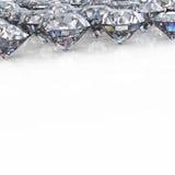 Diamant. Geïsoleerdeo de achtergrond van juwelen Stock Foto