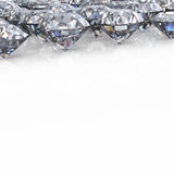Diamant. Schmucksachehintergrund getrennt Stockfoto