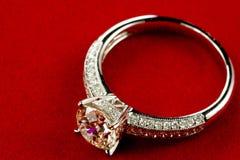 diamantcirkel fotografering för bildbyråer