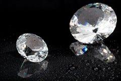 Diamante su priorità bassa nera Immagine Stock