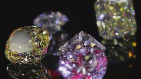 Diamanten auf Schwarzem stock video