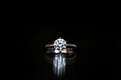 Diamanten ringer Fotografering för Bildbyråer