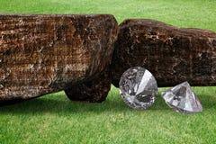 Diamantes brilhantes e ilustração rochosa dos pedregulhos 3d Imagem de Stock Royalty Free