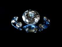 Diamantes no fundo preto Fotografia de Stock
