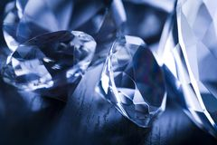 Diamantes - presente precioso Fotos de Stock Royalty Free